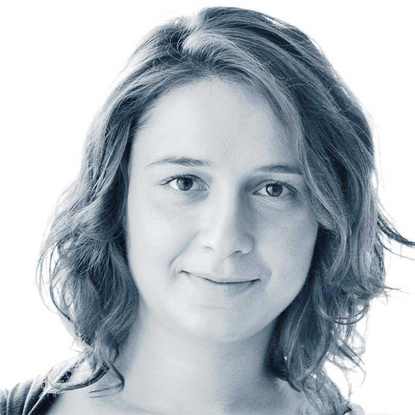 לורה טלינובסקי